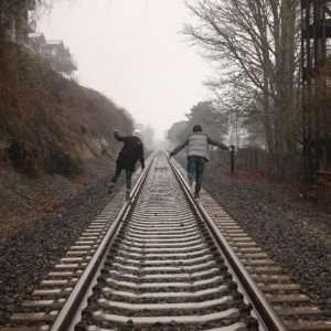trainpeople-690451_1280